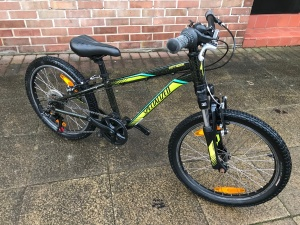 Specialized Hotrock Boys 20'' : pre owned